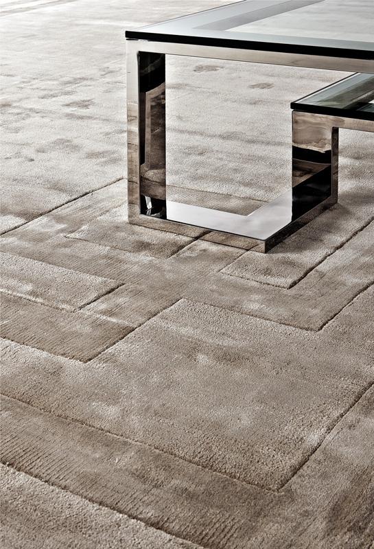КоверПрямоугольные ковры<br>Ковер Carpet Abbot выполнен из 100% вискозы. Ручная работа.<br><br>Material: Текстиль<br>Ширина см: 240.0<br>Глубина см: 170.0