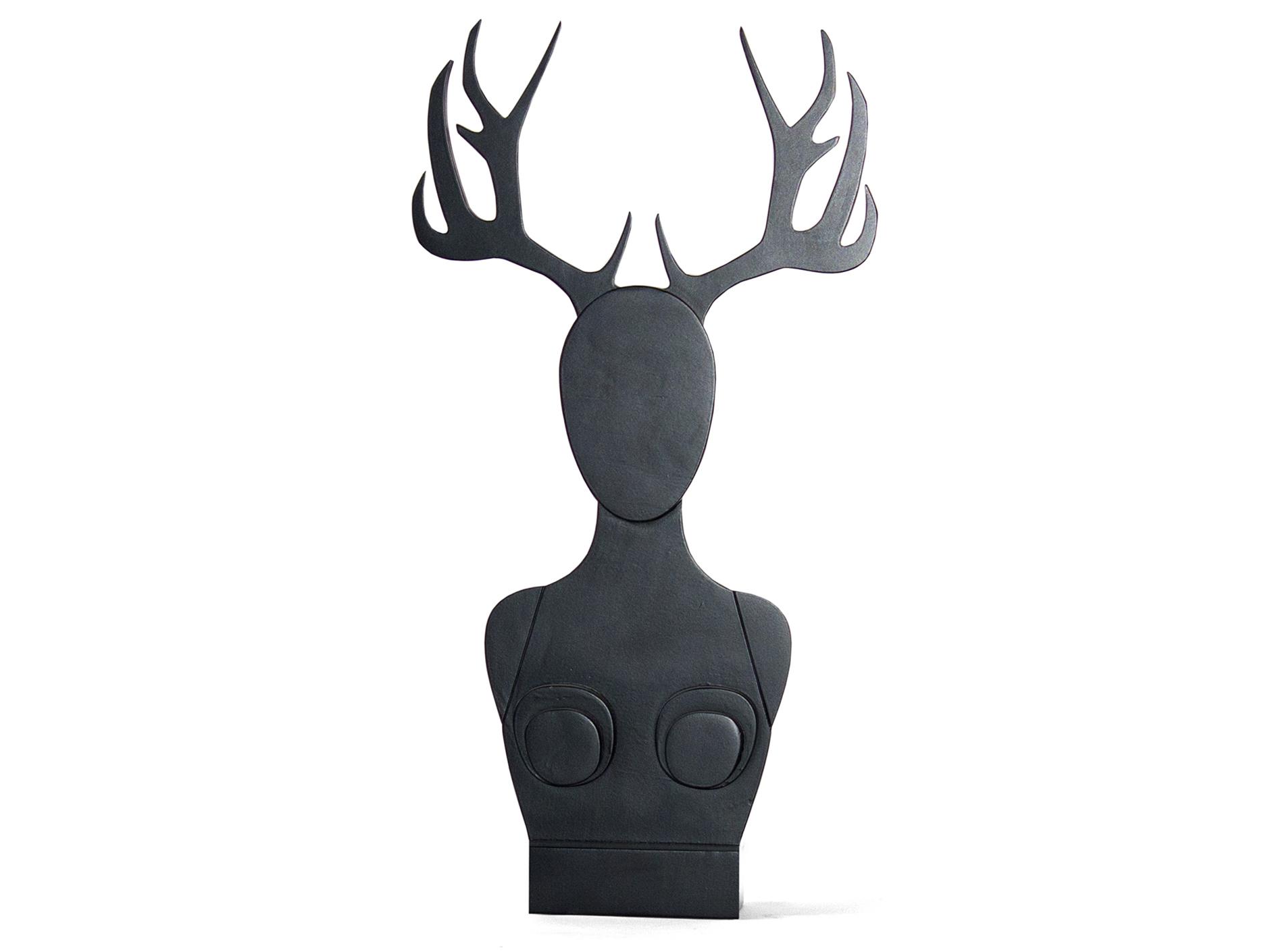 Бюст для бижутерии с зеркалом Girl Horn Mirror 4Хранение украшений<br>Конечно можно использовать эту рогатую скульптуру для хранения на ней украшений, но она прекрасна и в качестве совершенно самостоятельного предмета интерьера. Материал: березовая фанера, колерованый водный лак, зеркало. Доступны различные варианты отделки, рога можно заказать на выбор, стоимость необходимо уточнять.<br>Срок изготовления: 4-5 недель.<br><br>Material: Фанера<br>Высота см: 89