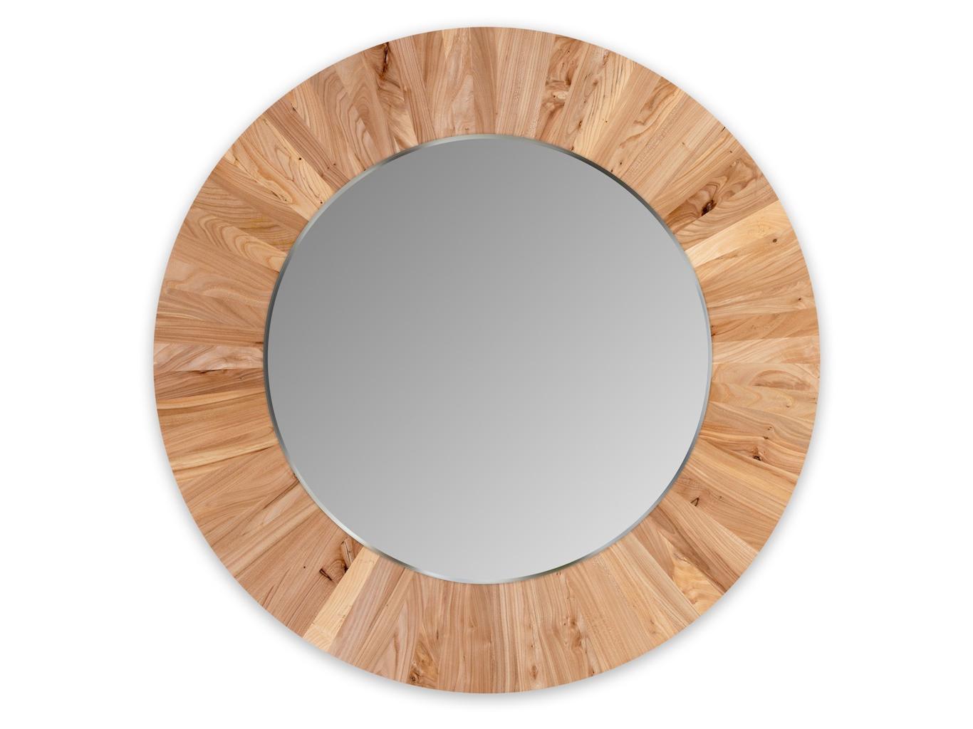 Круглое зеркало LESНастенные зеркала<br>Настенное, круглое зеркало LES не только украсит ваш интерьер, но и привнесёт в него частичку природы. Каждая оправа изготовлена вручную из 72 сегментов массива карагача. Неповторимый рисунок древесины и расположение сегментов, делает каждое зеркало уникальным и единственным в своём роде. Полотно зеркала имеет толщину 4мм и выполнено с фацетом. Оправа имеет естественный цвет карагача и обрабатывается натуральным, экологически-чистым маслом, что не вредит вашему здоровью и защищает оправу от внешних воздействий.<br>Сдержанность и лаконичность дизайна легко позволит вписать зеркало LES в любой интерьер.<br><br>Material: Дерево<br>Высота см: 4