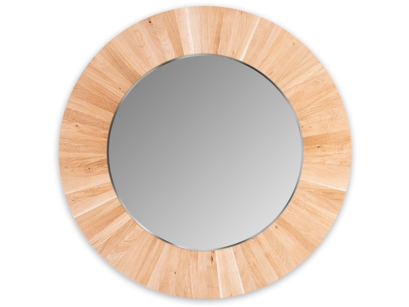 Круглое зеркало LESНастенные зеркала<br>Настенное, круглое зеркало LES не только украсит ваш интерьер, но и привнесёт в него частичку природы. Каждая оправа изготовлена вручную из 72 сегментов массива дуба. Неповторимый рисунок древесины и расположение сегментов, делает каждое зеркало уникальным и единственным в своём роде. Полотно зеркала имеет толщину 4мм и выполнено с фацетом. Оправа имеет естественный цвет дуба и обрабатывается натуральным, экологически-чистым маслом, что не вредит вашему здоровью и защищает оправу от внешних воздействий.<br>Сдержанность и лаконичность дизайна легко позволит вписать зеркало LES в любой интерьер.<br><br>Material: Дерево<br>Глубина см: 4