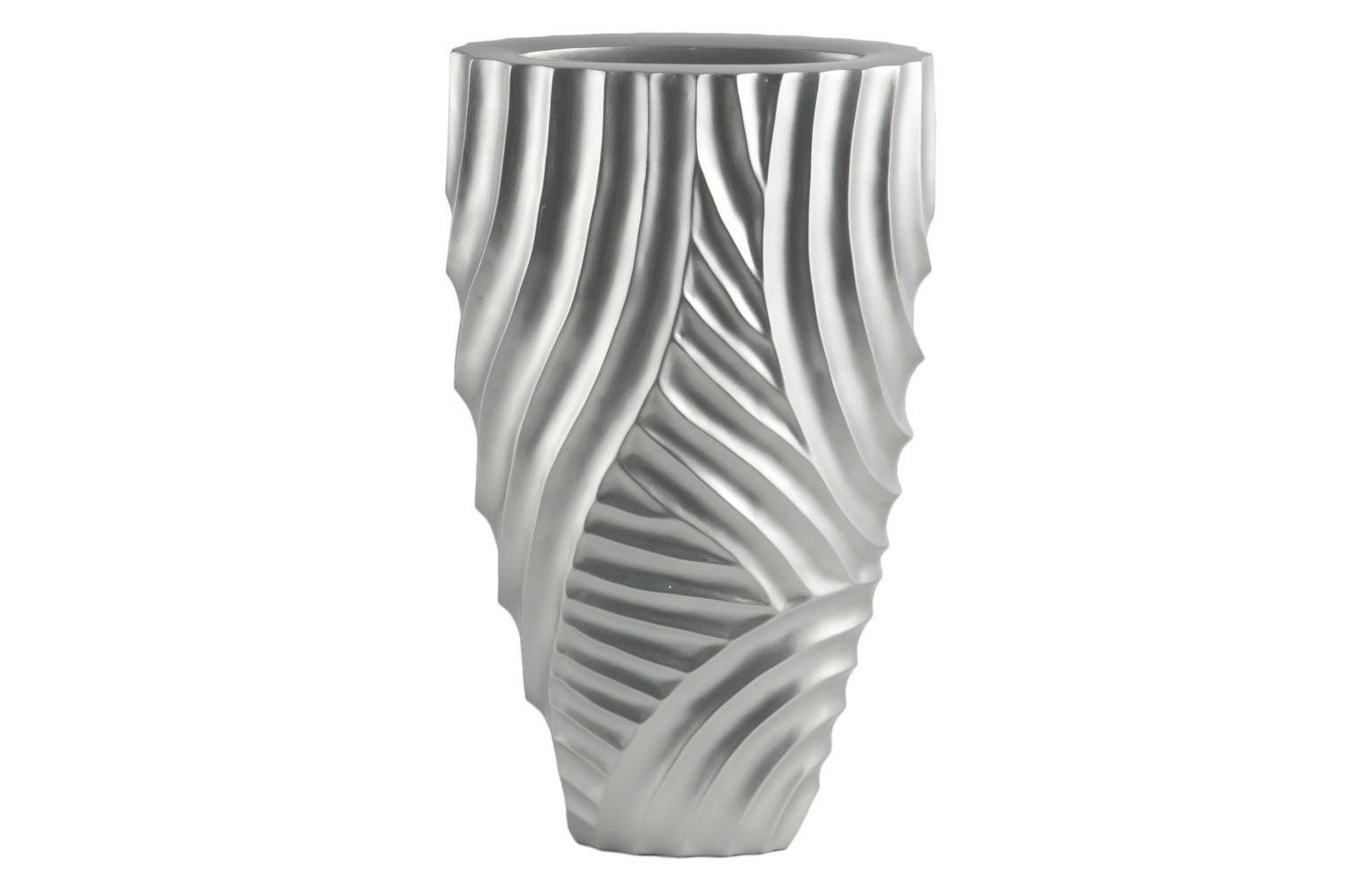 Ваза настольная Frost PatternВазы<br>Выполненная в холодных тонах, сияющая как узор на зимних окнах, эта ваза станет изысканным украшением строгой функциональной гостиной или светлой нео-классической спальни. Простой, но искусно проработанный, рельеф этой лаконичной вазы не оставляет сомнений: перед вами оригинальная дизайнерская вещь.&amp;lt;div&amp;gt;&amp;lt;br&amp;gt;&amp;lt;/div&amp;gt;&amp;lt;div&amp;gt;Материал: смола.&amp;lt;br&amp;gt;&amp;lt;/div&amp;gt;<br><br>Material: Пластик<br>Ширина см: 36.0<br>Высота см: 61.0<br>Глубина см: 20.0