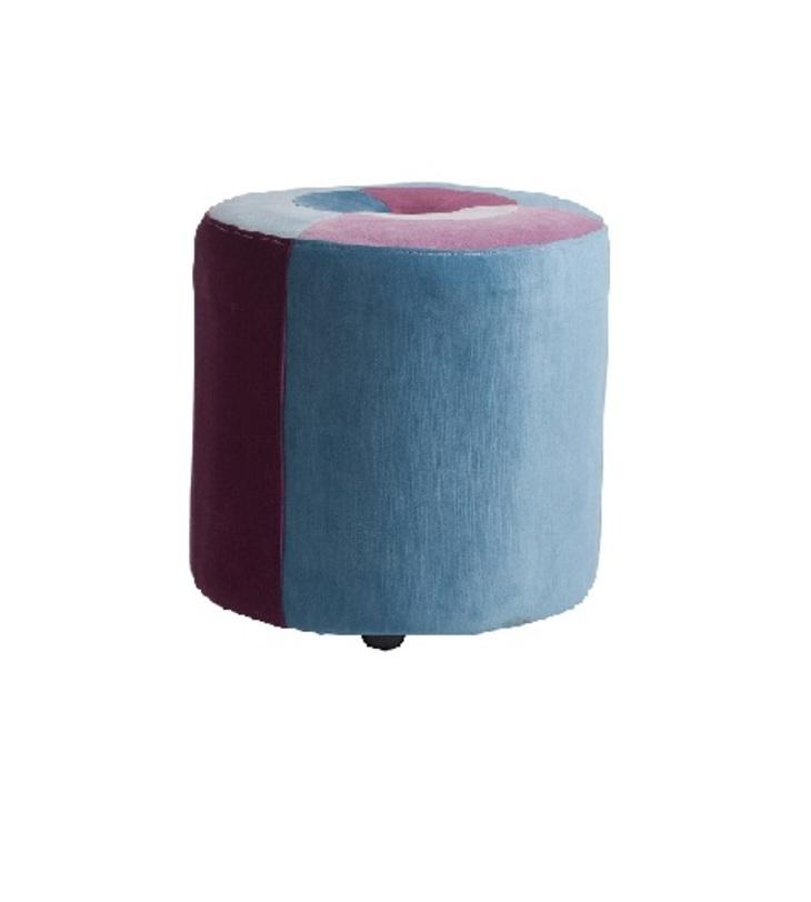Пуф  Parrandero СelesteФорменные пуфы<br>Пуфы Parrandero цилиндрической формы помогут визуально сгладить остроту углов в интерьере и привнесут в него яркие краски.<br><br>Материал: Деревянное основание, поролон, ткань<br>Цвета:<br>- Желтый, салатовый, красный, фиолетовый, белый<br>- Голубой, фиолетовый, белый<br><br>Material: Текстиль<br>Height см: 40<br>Diameter см: 38