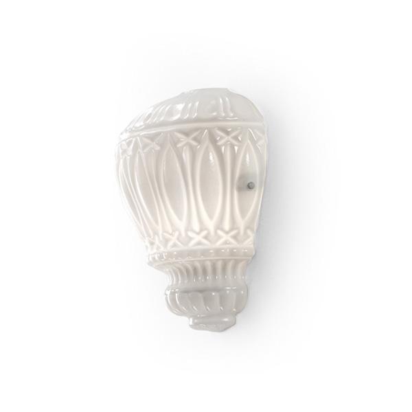 Бра ArabesqueБра<br>Настенный светильник выполнен из стекла белого цвета с фигурным орнаментом. Цвет арматуры: никель.&amp;amp;nbsp;&amp;lt;div&amp;gt;&amp;lt;br&amp;gt;&amp;lt;/div&amp;gt;&amp;lt;div&amp;gt;&amp;lt;div&amp;gt;Тип цоколя: E14&amp;lt;/div&amp;gt;&amp;lt;div&amp;gt;Мощность: 60W&amp;lt;/div&amp;gt;&amp;lt;div&amp;gt;Кол-во ламп: 2 (нет в комплекте)&amp;lt;/div&amp;gt;&amp;lt;/div&amp;gt;<br><br>Material: Стекло<br>Ширина см: 30.0<br>Высота см: 37.0<br>Глубина см: 16.0