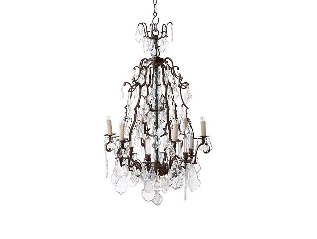 Люстра WidevilleЛюстры подвесные<br>Люстра Chateau de Wideville на кованной металлической арматуре цвета античная латунь с патиной. Декор: прозрачные хрустальные подвески на арматуре. Высота светильника регулируется за счет звеньев цепи. Лампочки в комплект не входят.&amp;lt;div&amp;gt;&amp;lt;br&amp;gt;&amp;lt;/div&amp;gt;&amp;lt;div&amp;gt;&amp;lt;div&amp;gt;Цоколь: E14&amp;lt;/div&amp;gt;&amp;lt;div&amp;gt;Мощность: 40W&amp;lt;/div&amp;gt;&amp;lt;div&amp;gt;Количество ламп: 6&amp;lt;/div&amp;gt;&amp;lt;/div&amp;gt;<br><br>Material: Хрусталь<br>Ширина см: 60<br>Высота см: 90