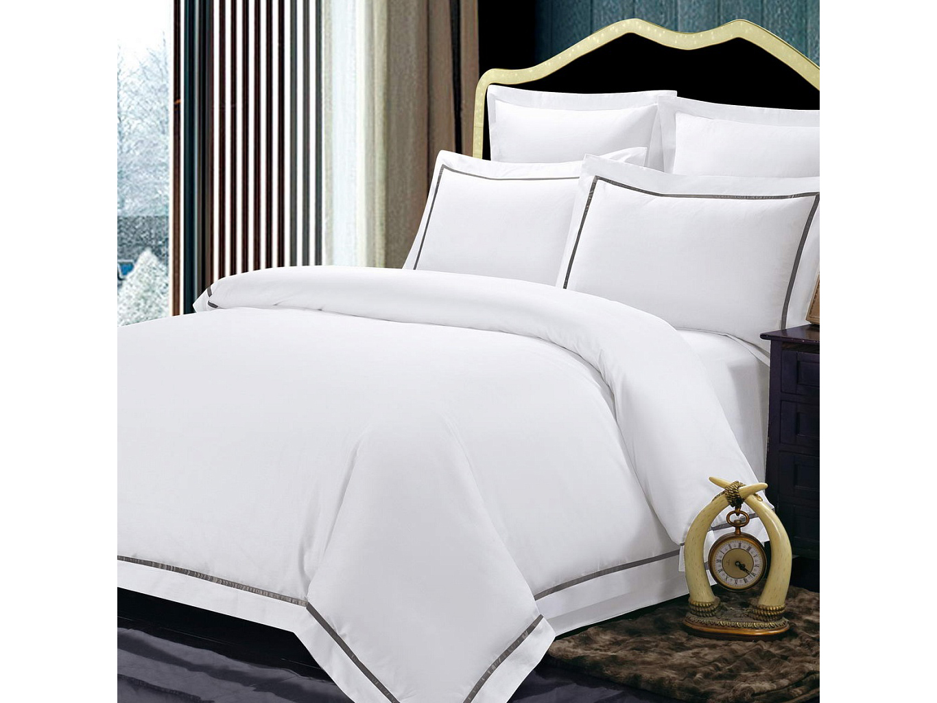 Комплект постельного белья СанремоДвуспальные комплекты постельного белья<br>Великолепный белоснежный комплект из хлопка станет настоящим украшением для Вашей спальни. Наволочки с ушками и декоративная тесьма,простроченная по периметру смотрятся необыкновенно стильно. Хлопковая нить сплетается определенным способом, это позволяет получить высокую плотность ткани, не теряя при этом мягкости.&amp;nbsp;Комплектация:Пододеяльник: 200х220 см (1)Простынь: 230х250 см (1)Наволочки: 50х70 см (2)Наволочки: 70х70 см (2)&amp;nbsp;Состав: 100% хлопок<br><br>kit: None<br>gender: None