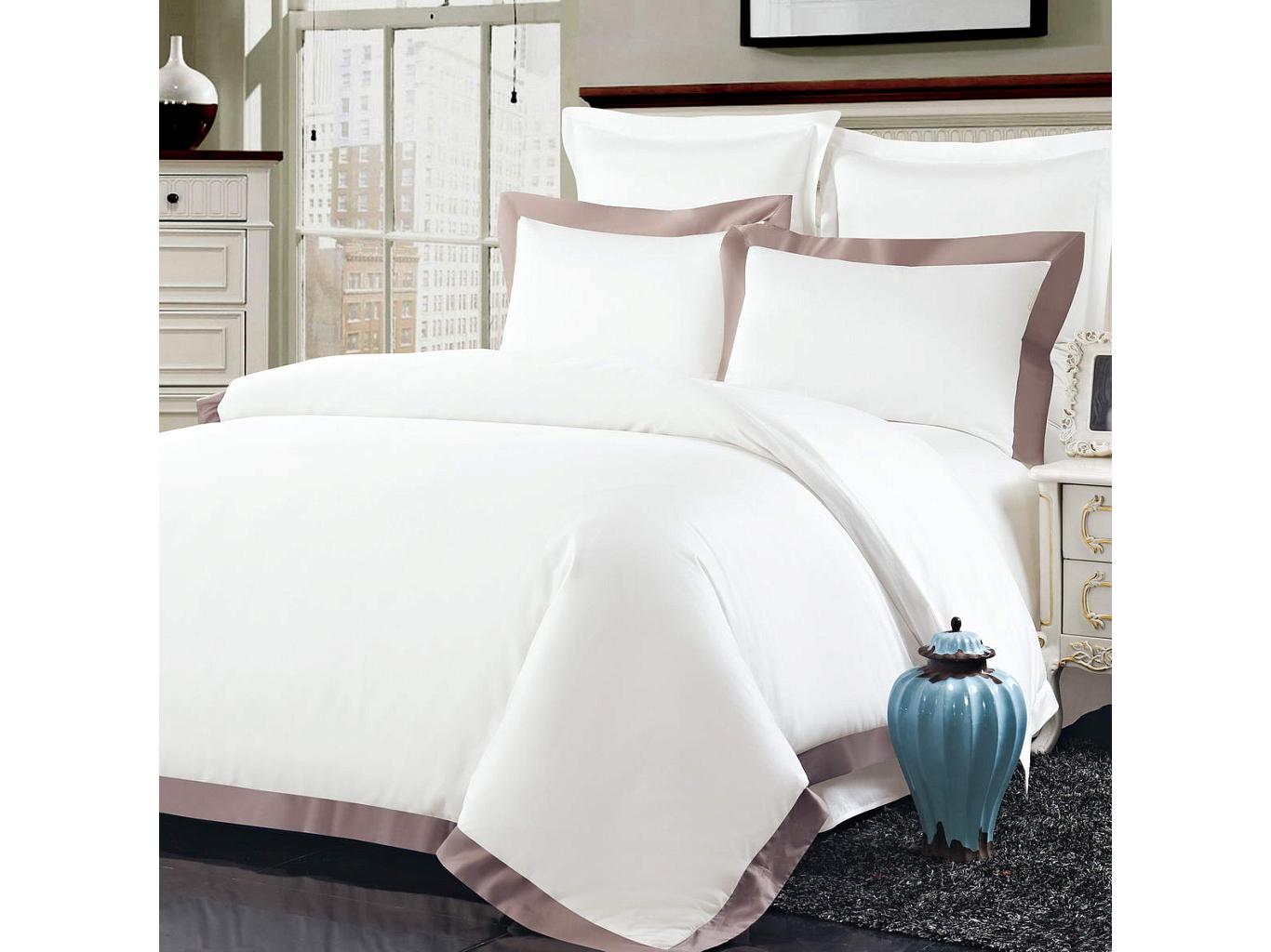 Комплект постельного белья МортеллоПолутороспальные комлпекты постельного белья<br>&amp;lt;div&amp;gt;Великолепный белоснежный комплект из хлопка станет настоящим украшением для Вашей спальни. Наволочки с декоративными &amp;quot;ушками&amp;quot; пастельных цветов смотрятся необыкновенно стильно. Хлопковая нить сплетается определенным способом, это позволяет получить высокую плотность ткани, не теряя при этом мягкости.&amp;amp;nbsp;&amp;lt;/div&amp;gt;&amp;lt;div&amp;gt;&amp;lt;br&amp;gt;&amp;lt;/div&amp;gt;&amp;lt;div&amp;gt;Комплектация:&amp;amp;nbsp;&amp;lt;/div&amp;gt;&amp;lt;div&amp;gt;Пододеяльник: 160х220 см(1 шт.);&amp;amp;nbsp;&amp;lt;/div&amp;gt;&amp;lt;div&amp;gt;Простыня: 160х230 см(1 шт.);&amp;amp;nbsp;&amp;lt;/div&amp;gt;&amp;lt;div&amp;gt;Наволочки: 50х70 см(2 шт.)&amp;amp;nbsp;&amp;lt;/div&amp;gt;&amp;lt;div&amp;gt;Состав: 100% хлопок&amp;lt;/div&amp;gt;<br><br>Material: Текстиль<br>Ширина см: 160.0<br>Глубина см: 230.0
