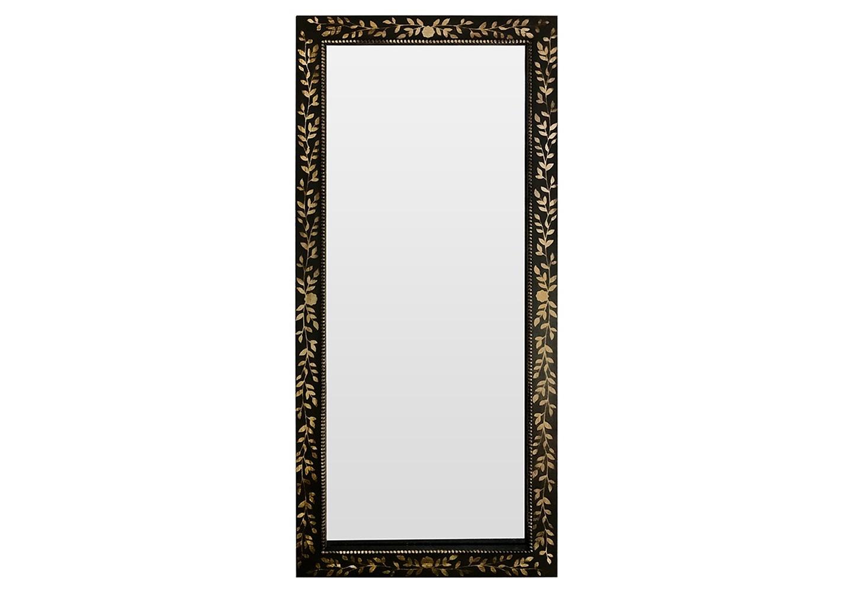 Зеркало Black bronzeНапольные зеркала<br>Зеркало в полный рост - это важный атрибут для каждой представительницы прекрасного пола. Вы согласны? Чтобы получился завершенный образ нужно обязательно увидеть себя полностью, провести взглядом с ног до головы. Все сочетается по стилю, цвету, все нравится и вуаля...встречай мир меня прелестную! Классический цвет этого напольного зеркала заведомо дружелюбен любому Вашему интерьерному решению.Возможно изготовление по вашим размерам и цветам.<br>