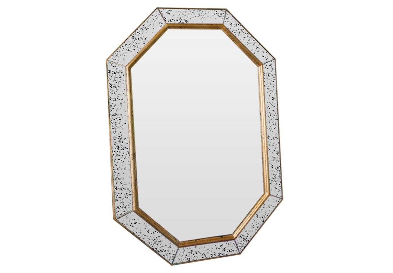 Зеркало Julian GoldНастенные зеркала<br>Коллекции B-Home – это дизайнерские зеркала, зеркальная мебель и предметы интерьера. Все изделия от и до мы создаем сами в нашей мастерской. Каждое – это уникальное произведение, арт-объект со своей историей и мелодией. Мы следим за современными трендами, лично отбираем лучшие материалы и каждый день трудимся над созданием новых шедевров, которые будут радовать вас. Если вы ищете что-то действительно качественное, стоящее и эксклюзивное, что сделано с душой и руками человека, BountyHome придется вам по вкусу!&amp;lt;div&amp;gt;&amp;lt;br&amp;gt;&amp;lt;/div&amp;gt;&amp;lt;div&amp;gt;Материал: массив дерева, состаренное зеркало, классическое зеркало.&amp;lt;br&amp;gt;&amp;lt;/div&amp;gt;<br><br>Material: Дерево<br>Ширина см: 59.0<br>Высота см: 85.0<br>Глубина см: 4.0