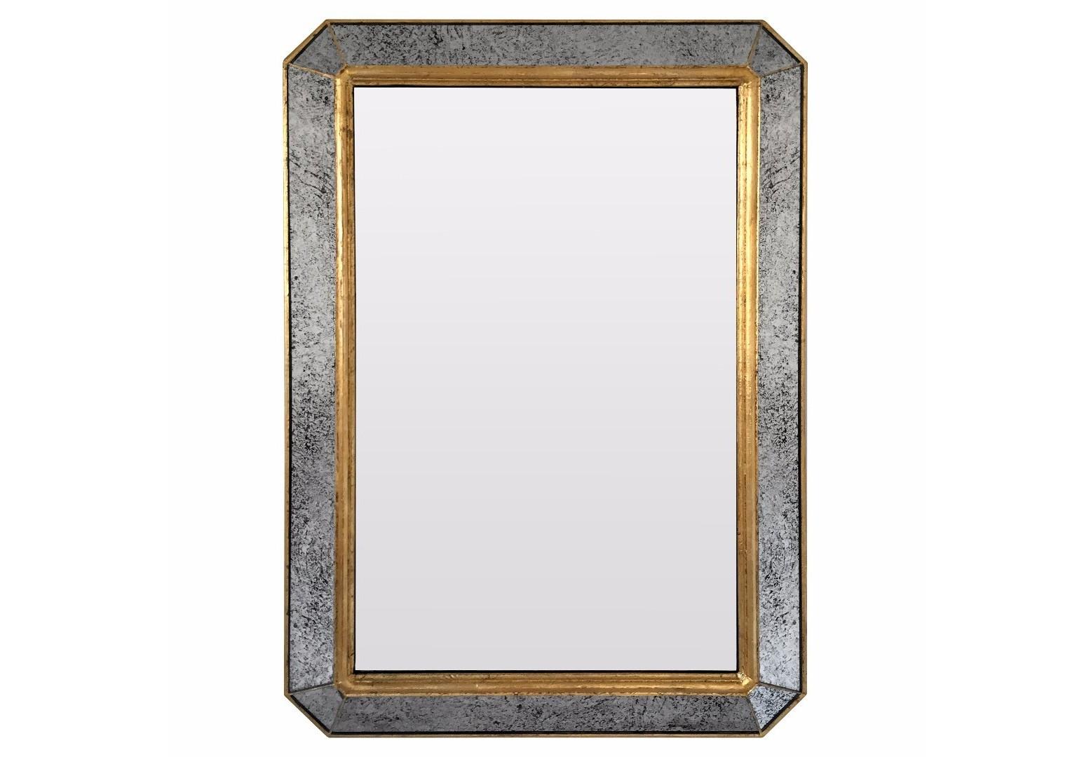 Зеркало Royal Happiness GoldНастенные зеркала<br>Коллекции B-Home – это дизайнерские зеркала, зеркальная мебель и предметы интерьера. Все изделия от и до мы создаем сами в нашей мастерской. Каждое – это уникальное произведение, арт-объект со своей историей и мелодией. Мы следим за современными трендами, лично отбираем лучшие материалы и каждый день трудимся над созданием новых шедевров, которые будут радовать вас. Если вы ищете что-то действительно качественное, стоящее и эксклюзивное, что сделано с душой и руками человека, BountyHome придется вам по вкусу!&amp;lt;div&amp;gt;&amp;lt;br&amp;gt;&amp;lt;/div&amp;gt;&amp;lt;div&amp;gt;Материал: массив дерева, состаренное зеркало, классическое зеркало.&amp;lt;br&amp;gt;&amp;lt;/div&amp;gt;<br><br>Material: Дерево<br>Ширина см: 57.0<br>Высота см: 81.0<br>Глубина см: 4.0