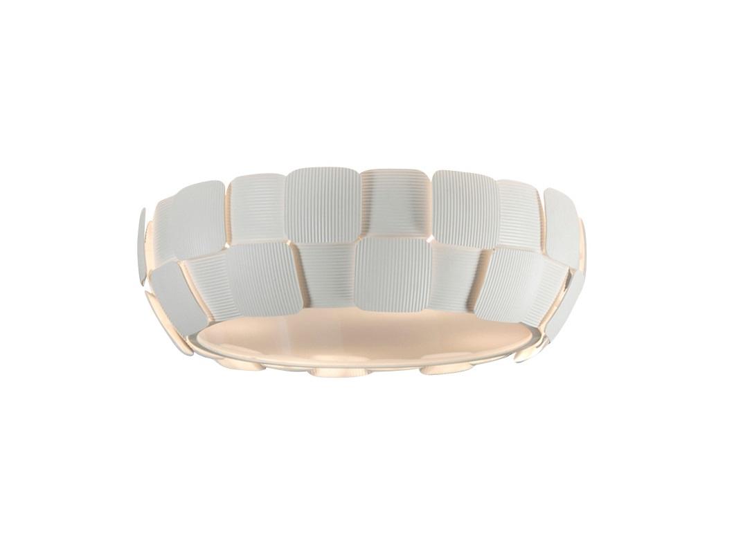 Потолочный светильникПотолочные светильники<br>Потолочный светильник из коллекции Quios с плафоном, образованным пластинами из поликарбоната с рифлёной поверхностью. Каркас из металла с серовато-белым матовым покрытием.Вид цоколя: E27Мощность:&amp;nbsp; 20W&amp;nbsp;Количество ламп: 4 (нет в комплекте)<br><br>kit: None<br>gender: None