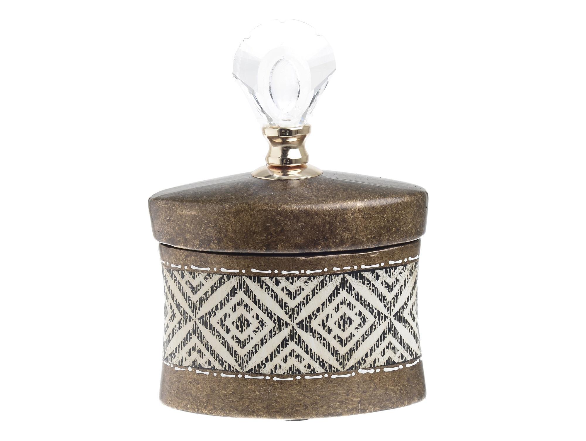 Ваза с крышкой NashЕмкости для хранения<br><br><br>Material: Керамика<br>Ширина см: 16.0<br>Высота см: 19.0<br>Глубина см: 8.5