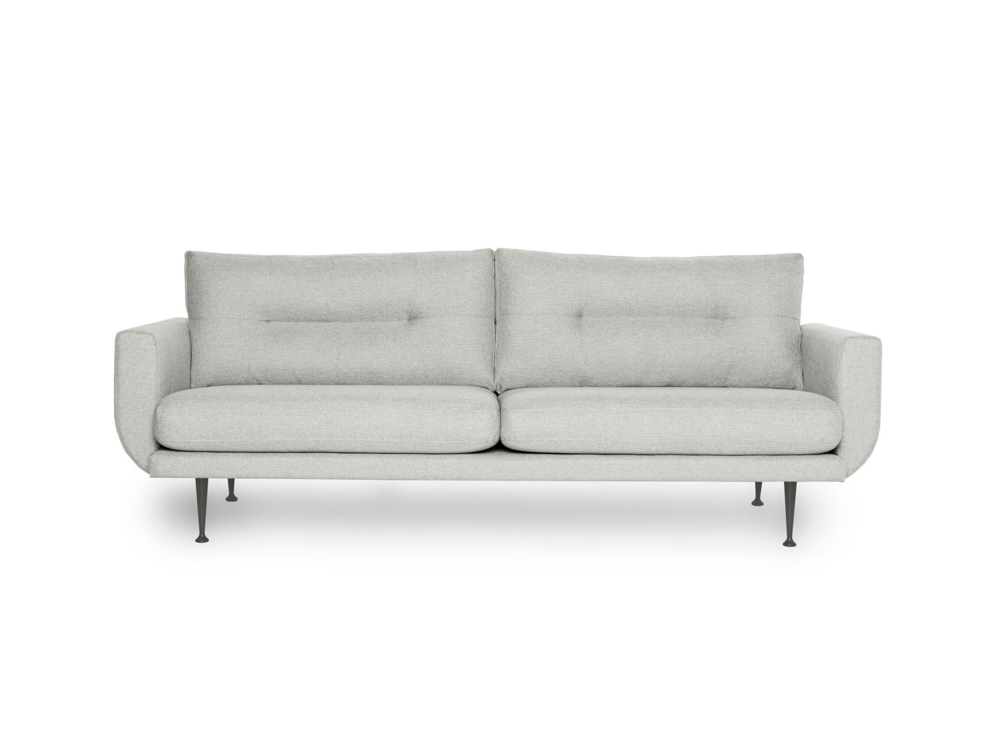 Диван ВисбиТрехместные диваны<br>Красивый, выразительный трехместный диван Висби может быть украшением домашнего или офисного интерьера. Диван Висби отличается глубокой посадкой, дизайном подушек спинки, изящной формой подлокотника и высокими фигурными металлическими ножками. Не разбирается.&amp;amp;nbsp;&amp;lt;div&amp;gt;&amp;lt;br&amp;gt;&amp;lt;div&amp;gt;Каркас (комбинации дерева, фанеры и ЛДСП). Для сидячих подушек используют пену различной плотности, а также перо и силиконовое волокно. Для задних подушек есть пять видов наполнения: пена, измельченная пена, пена высокой эластичности, силиконовые волокно.&amp;lt;/div&amp;gt;&amp;lt;div&amp;gt;Материал обивки: 100% PP полипропиленовое волокно.&amp;lt;/div&amp;gt;&amp;lt;/div&amp;gt;<br><br>Material: Текстиль<br>Ширина см: 230<br>Высота см: 82<br>Глубина см: 87