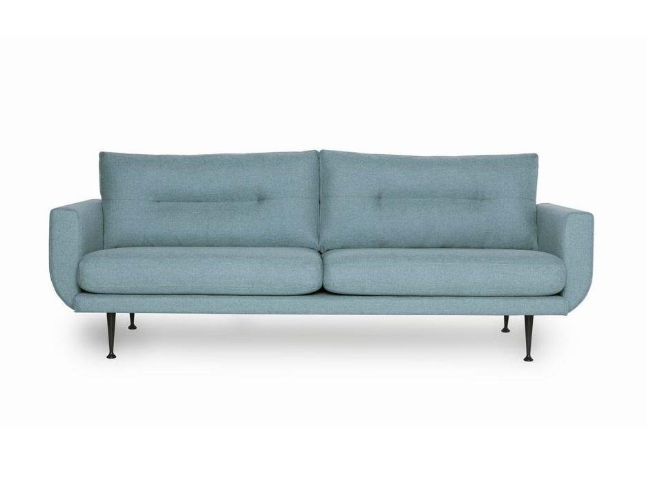 Диван ВисбиТрехместные диваны<br>Красивый, выразительный трехместный диван Висби может быть украшением домашнего или офисного интерьера. Диван Висби отличается глубокой посадкой, дизайном подушек спинки, изящной формой подлокотника и высокими фигурными металлическими ножками. Не разбирается.&amp;amp;nbsp;&amp;lt;div&amp;gt;&amp;lt;br&amp;gt;&amp;lt;/div&amp;gt;&amp;lt;div&amp;gt;Каркас (комбинации дерева, фанеры и ЛДСП). Для сидячих подушек используют пену различной плотности, а также перо и силиконовое волокно. Для задних подушек есть пять видов наполнения: пена, измельченная пена, пена высокой эластичности, силиконовые волокно.&amp;amp;nbsp;&amp;lt;/div&amp;gt;&amp;lt;div&amp;gt;Материал обивки: 100% PP полипропиленовое волокно&amp;lt;/div&amp;gt;<br><br>Material: Текстиль<br>Ширина см: 230.0<br>Высота см: 82.0<br>Глубина см: 87.0