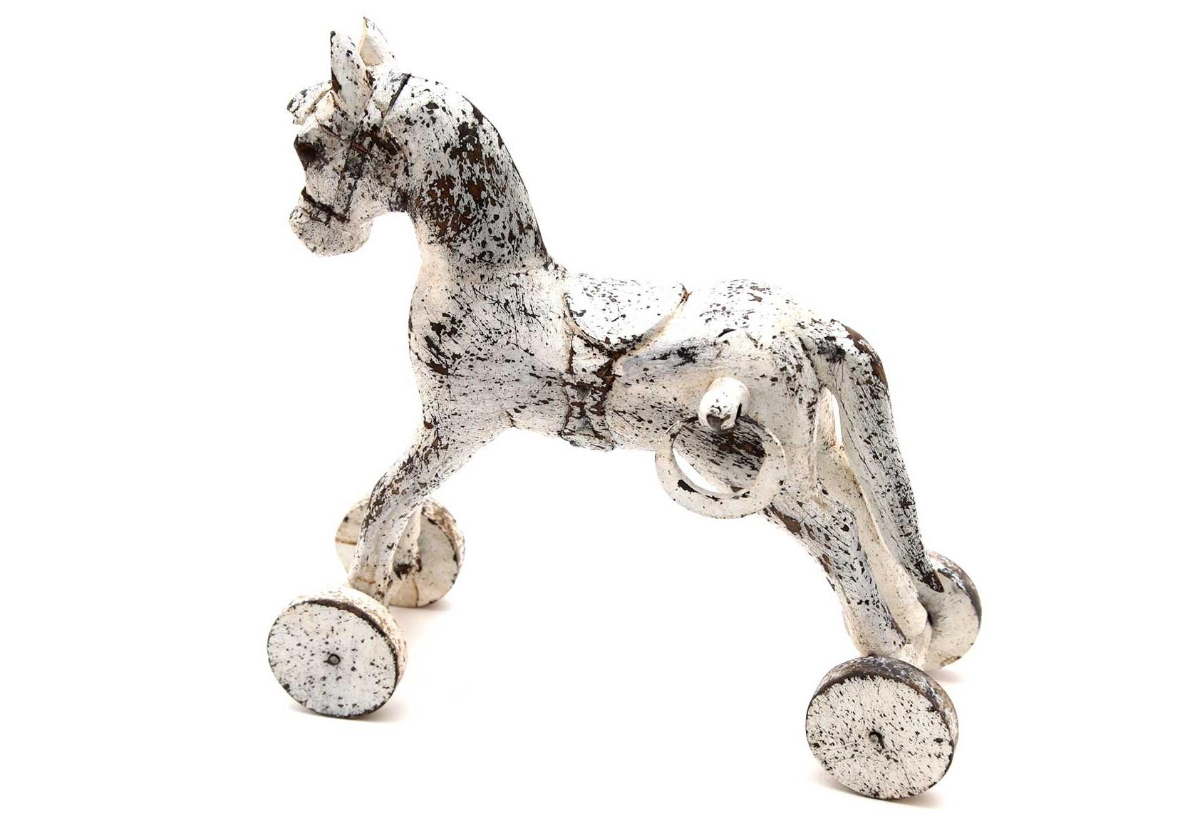 Лошадь на колесах