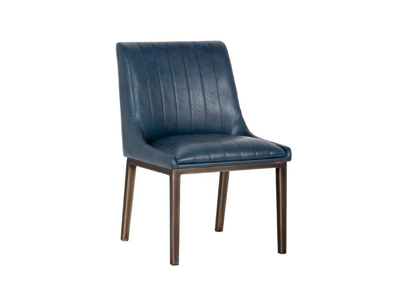Стул BostonОбеденные стулья<br>Модель представлена в коже высочайшего качества. Для этого стула мы также можем подобрать кожу на Ваш вкус из других коллекций.&amp;amp;nbsp;&amp;lt;div&amp;gt;&amp;lt;br&amp;gt;&amp;lt;div&amp;gt;Каркас и ножки стула выполнены из дуба.&amp;lt;/div&amp;gt;&amp;lt;/div&amp;gt;<br><br>Material: Кожа<br>Ширина см: 59<br>Высота см: 89<br>Глубина см: 50