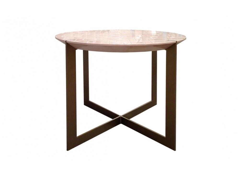 Столик КляксаКофейные столики<br>Столик Клякса от известного испанского бренда Guadarte. Материал: дерево, металл<br><br>kit: None<br>gender: None
