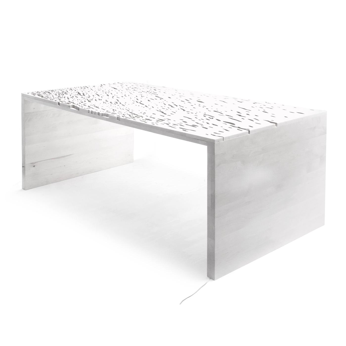 Стол Naturale Staple 1Журнальные столики<br>Журнальный столик с фактурной столешницей напоминает млечный путь на звездном небе.&amp;nbsp;По желанию, можно изготовить его разной высоты и даже использовать в качестве скамьи.&amp;nbsp;Особенности: на основание крепится мебельный войлок.Материал: березовая фанера.<br><br>kit: None<br>gender: None