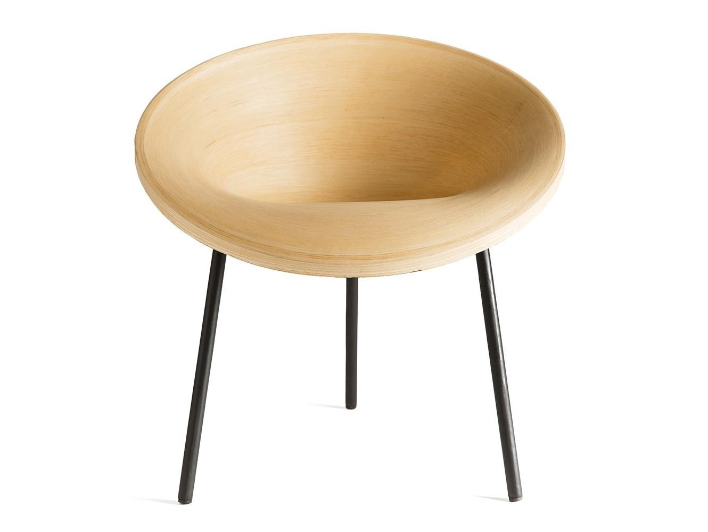 Кресло-стул SangПолукресла<br>Элегантный стул из натурального дерева имеет правильную форму которая позволяет вам достичь максимального комфорта. Он станет стильным и экологичным украшением современного интерьера.&amp;amp;nbsp;<br><br>Material: Шпон<br>Ширина см: 47.0<br>Высота см: 65.0<br>Глубина см: 62.0