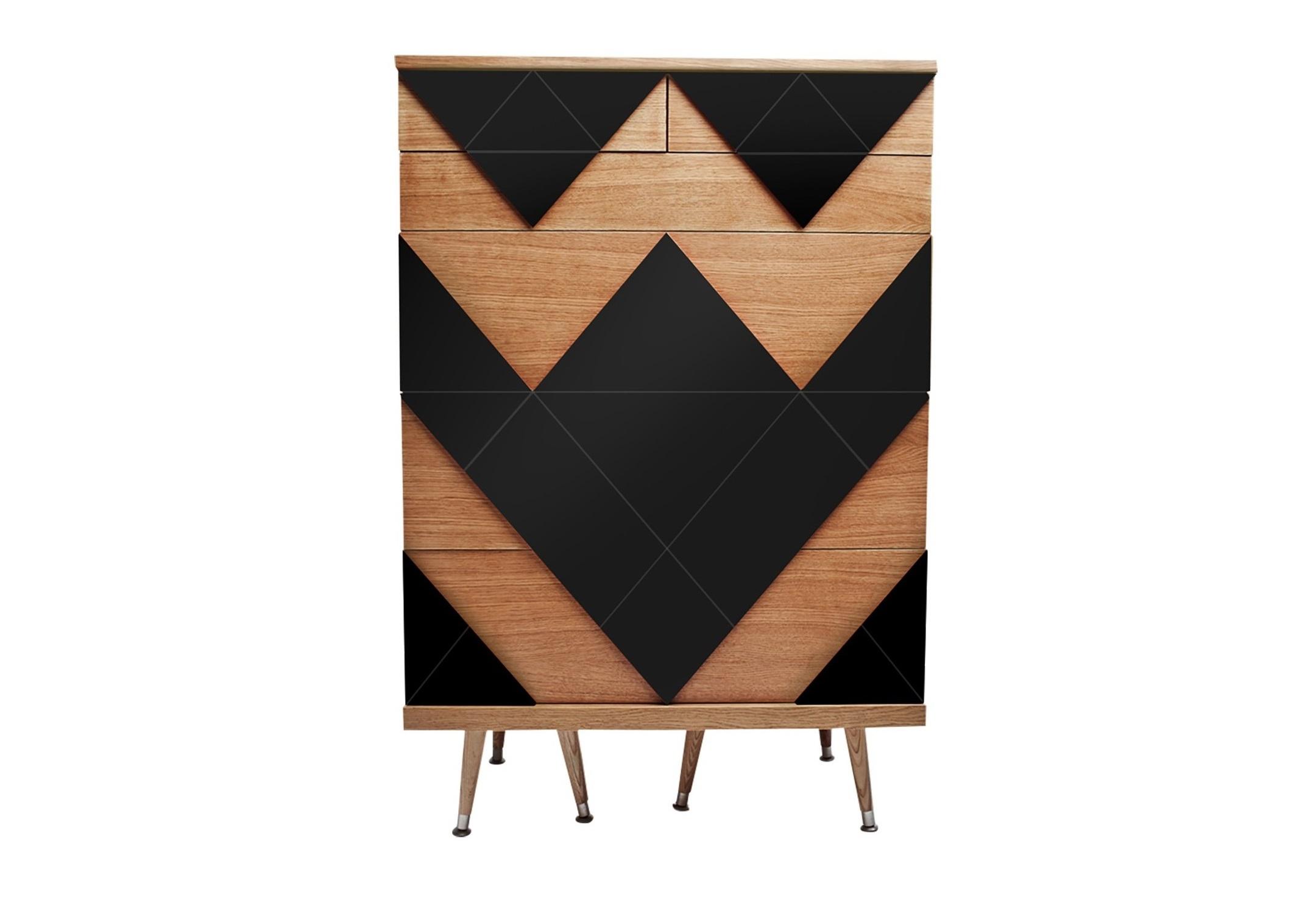 Комод Big WooИнтерьерные комоды<br>&amp;lt;div&amp;gt;Современный комод Big Woo дал начало целой коллекции корпусной мебели Woo Family. Он назван так неслучайно, Big Woo является самым вместительным и большим комодом Woodi Furniture. Комод Big Woo имеет достаточно традиционную форму с тремя выдвижными ящиками большого размера, для хранения крупных предметов, и тремя ящиками меньшего размера, для хранения ценных мелочей и небольших предметов гардероба. Комод с ящиками идеально подойдет тем, кто предпочитает закрытые системы хранения одежды в спальне или гардеробной, или для тех, кто ищет мебель для гостиной с возможностью хранения различных вещей.&amp;amp;nbsp;&amp;lt;/div&amp;gt;&amp;lt;div&amp;gt;&amp;lt;br&amp;gt;&amp;lt;/div&amp;gt;&amp;lt;div&amp;gt;Корпус комода с выдвижными ящиками изготовлен из МДФ и покрыт натуральным дубовым шпоном. Фасады ящиков украшает двухмерный геометрический узор окрашенный в различные цвета из палитры Woodi Furniture. Выдвижные ящики комода открываются легким нажатием на центр ящика. Внутри ящики изготовлены из ЛДСП повторяющего текстуру и цвет дубового шпона. Дизайнерский комод Big Woo опирается на шесть ножек конической формы, выполненных из массива бука, что визуально добавляет легкости комоду. Нижняя часть ножек украшена металлическими наконечниками стального цвета.&amp;lt;/div&amp;gt;&amp;lt;div&amp;gt;&amp;lt;br&amp;gt;&amp;lt;/div&amp;gt;&amp;lt;div&amp;gt;Материал: Корпус - МДФ, лакированный дубовый шпон, краска; ножки – массив бука, лак.&amp;lt;/div&amp;gt;<br><br>Material: МДФ<br>Ширина см: 80<br>Высота см: 120<br>Глубина см: 50