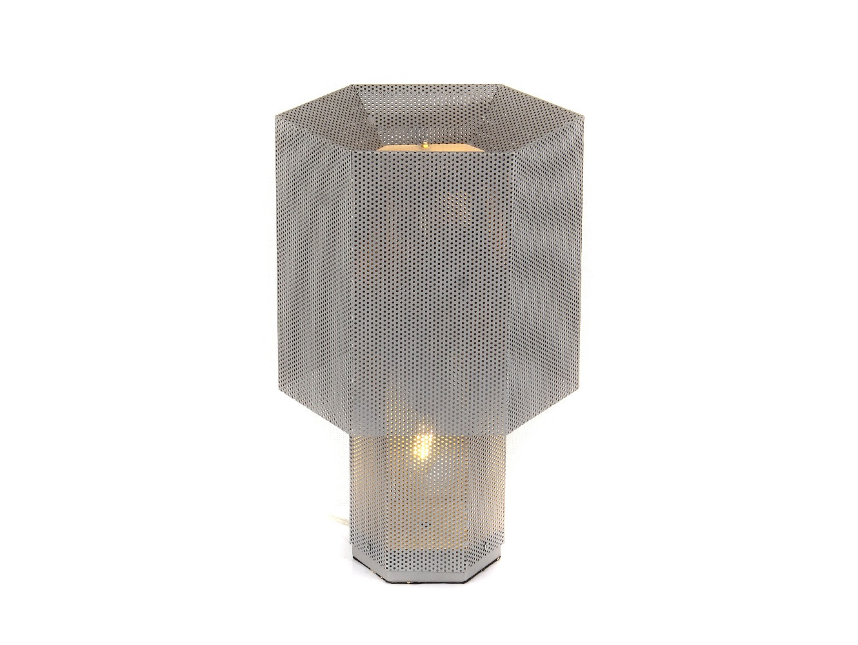 Настольная лампаДекоративные лампы<br>Настольная лампа выполнена из металла серебряного цвета.&amp;lt;div&amp;gt;&amp;lt;br&amp;gt;&amp;lt;/div&amp;gt;&amp;lt;div&amp;gt;&amp;lt;div&amp;gt;Вид цоколя: E27&amp;lt;/div&amp;gt;&amp;lt;div&amp;gt;Мощность:&amp;amp;nbsp; 60W&amp;lt;/div&amp;gt;&amp;lt;div&amp;gt;Количество ламп: 1 (нет в комплекте)&amp;lt;/div&amp;gt;&amp;lt;/div&amp;gt;<br><br>Material: Металл<br>Ширина см: 27.0<br>Высота см: 42.0<br>Глубина см: 27.0