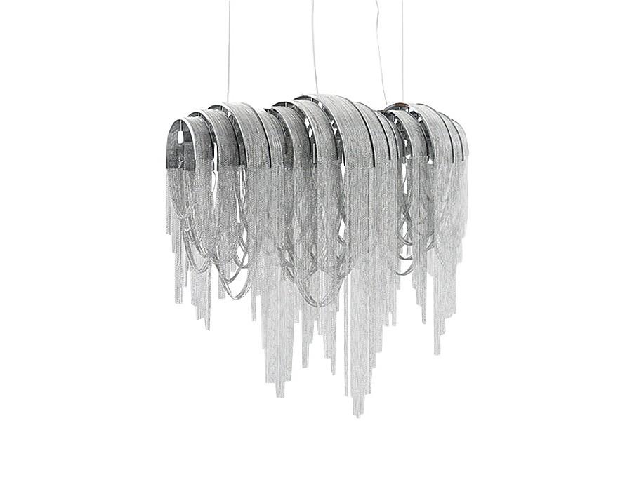 Подвесной светильникПодвесные светильники<br>Подвесной светильник выполнен из хромированного металла. Плафон с оригинальным дизайном, состоит из множества колец и цепочек. Высота светильника регулируется.<br>Вид цоколя: E14<br>Мощность:  40W<br>Количество ламп: 5 (нет в комплекте)<br><br><br>kit: None<br>gender: None