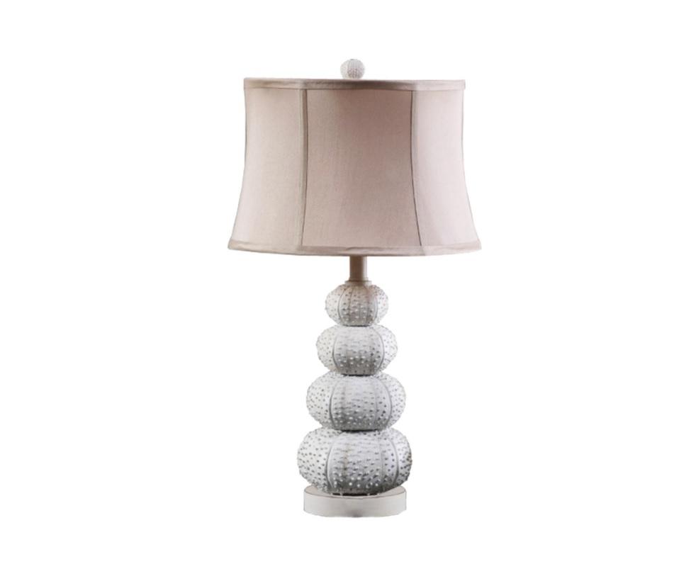 Настольная лампа RESIN SEA URCHINДекоративные лампы<br>Утонченная настольная лампа впишется в романтический интерьер спальни. Оригинальное основание, которое сами дизайнеры назвали &amp;quot;морскими ежами&amp;quot;, выполнено из смолы.<br><br>Материалы: смола дерева, металл, текстиль<br>Объем: 0,100 куба<br>Вес: 5,5 кг<br><br>Material: Металл<br>Высота см: 69