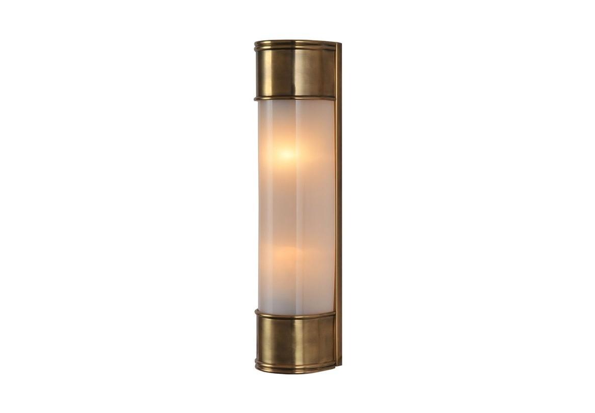 БраБра<br>Бра в ретро-стиле подойдет интерьерам домов, в которых ценят сохранение традиций, не забывая об истинных ценностях и качестве. Приглушенный свет от абажура из плотного матового стекла подойдет для спальни или лаунж-зоны в гостиной.<br><br>Material: Металл<br>Ширина см: 10<br>Высота см: 47<br>Глубина см: 11