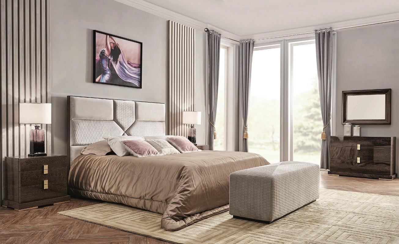 Кровать с подъемным механизмом ForliКровати с подъемным механизмом<br>Кровать с подъемным механизмом выполнена в современном стиле.&amp;amp;nbsp;&amp;lt;div&amp;gt;Сделана из высококачественного МДФ высокой плотности.&amp;amp;nbsp;&amp;lt;div&amp;gt;&amp;lt;br&amp;gt;&amp;lt;/div&amp;gt;&amp;lt;div&amp;gt;Размер спального места 180*200 см.&amp;lt;/div&amp;gt;&amp;lt;/div&amp;gt;<br><br>Material: Текстиль<br>Ширина см: 198<br>Высота см: 139<br>Глубина см: 220.0