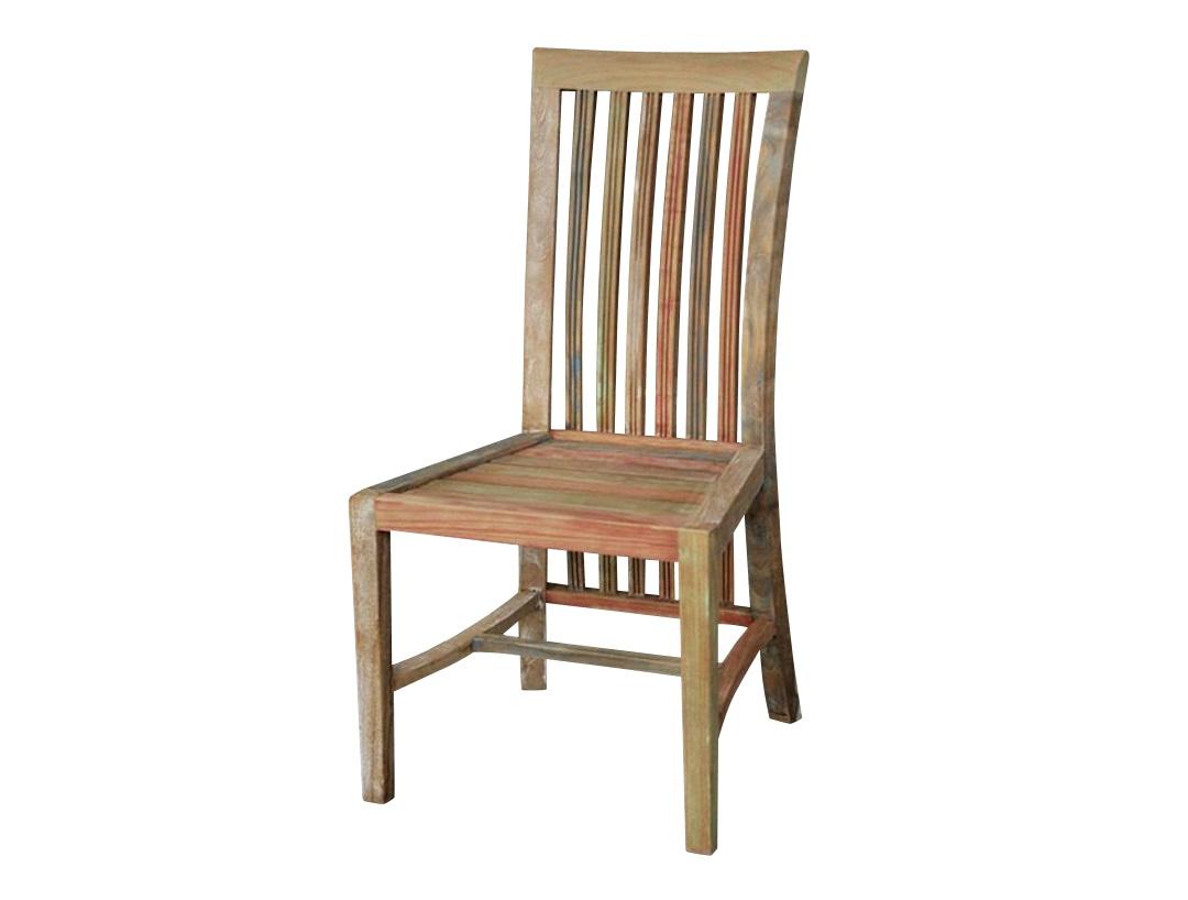 Стул BoleroОбеденные стулья<br>Стул&amp;amp;nbsp;&amp;quot;Bolero&amp;quot; ? идиллическое воплощение загородного духа, в котором элегантность гармонично сосуществует с практичностью. Благодаря классическому силуэту и натуральным материалам он имеет удивительно изящный вид. Наличие потертостей на искусно состаренном дереве добавляет облику больше непосредственности и романтизма.<br><br>Material: Дерево<br>Ширина см: 43.0<br>Высота см: 113.0<br>Глубина см: 44