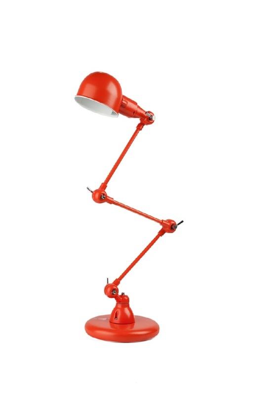 Настольная Jielde OrangeНастольные лампы<br>Настольная лампа Luchia Orange – это удачное приобретение для тех, кто ценит комфорт, простоту и удобство. Благодаря конструкции ножки и регулируемому плафону вы сможете направлять источник света туда, куда вам необходимо. Оригинальное цветовое решение поможет привнести в помещение яркие краски и неповторимость. Лампа изготовлена из нержавеющей стали; это делает ее более прочной и долговечной по сравнению с пластмассовыми аналогами.<br><br>Material: Сталь<br>Height см: 90<br>Diameter см: 17