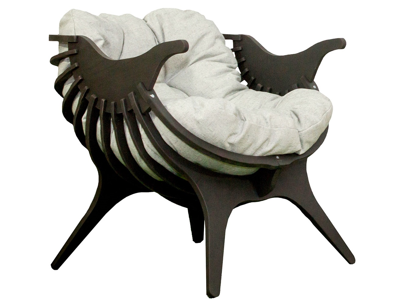 Кресло ЭндаКресла для сада<br>Деревянное кресло «Энда». Воздушная конструкция, не загромождающая даже небольшое пространство, яркий необычный дизайн, легкость и эргономичность – эта модель станет украшением гостиной или террасы, добавит тепла и уюта, поможет создать по-настоящему уникальный интерьер. А самое главное, это кресло сделает ваш отдых максимально удобным!Подушка в комплекте.<br><br>kit: None<br>gender: None