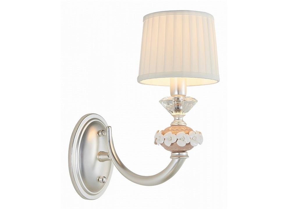 Бра FeliciaБра<br>Мощность: 40W Цоколь: E14 Общее кол-во ламп: 1<br>(нет в комплекте)Материал: текстиль, керамика, металл