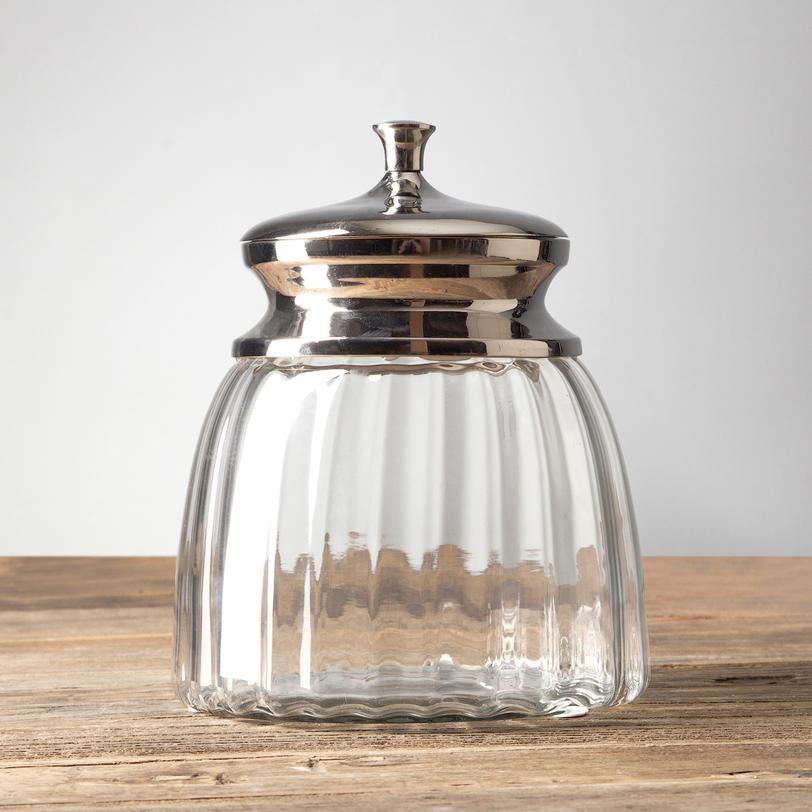 Стеклянная банка с крышкойБанки и бутылки<br><br><br>Material: Стекло<br>Length см: None<br>Width см: None<br>Depth см: None<br>Height см: 24.0<br>Diameter см: 20.0