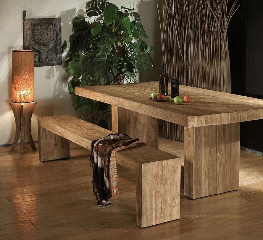 Стол из массива тика BandaОбеденные столы<br>Массивный, рустикальный обеденный стол на двух ножках. Теплые тона натурального тика подчеркивают структуру дерева и привносят атмосферу натуральности и индивидуальности любому интерьеру.<br><br>Material: Тик<br>Length см: 200<br>Width см: 110<br>Height см: 78