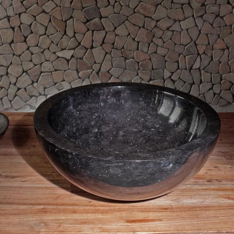 """Раковина из натурального камня """"Bou Black""""Тумбы для ванной<br>Раковина из натурального камня Bou Black из далекой Индонезии от компании Teak House. Оригинальная раковина - отличная замена привычным вариантам для создания особой атмосферы в ванной или сауне.<br><br>Material: Камень<br>Length см: 40.0<br>Width см: 40.0<br>Depth см: None<br>Height см: 15.0<br>Diameter см: None"""