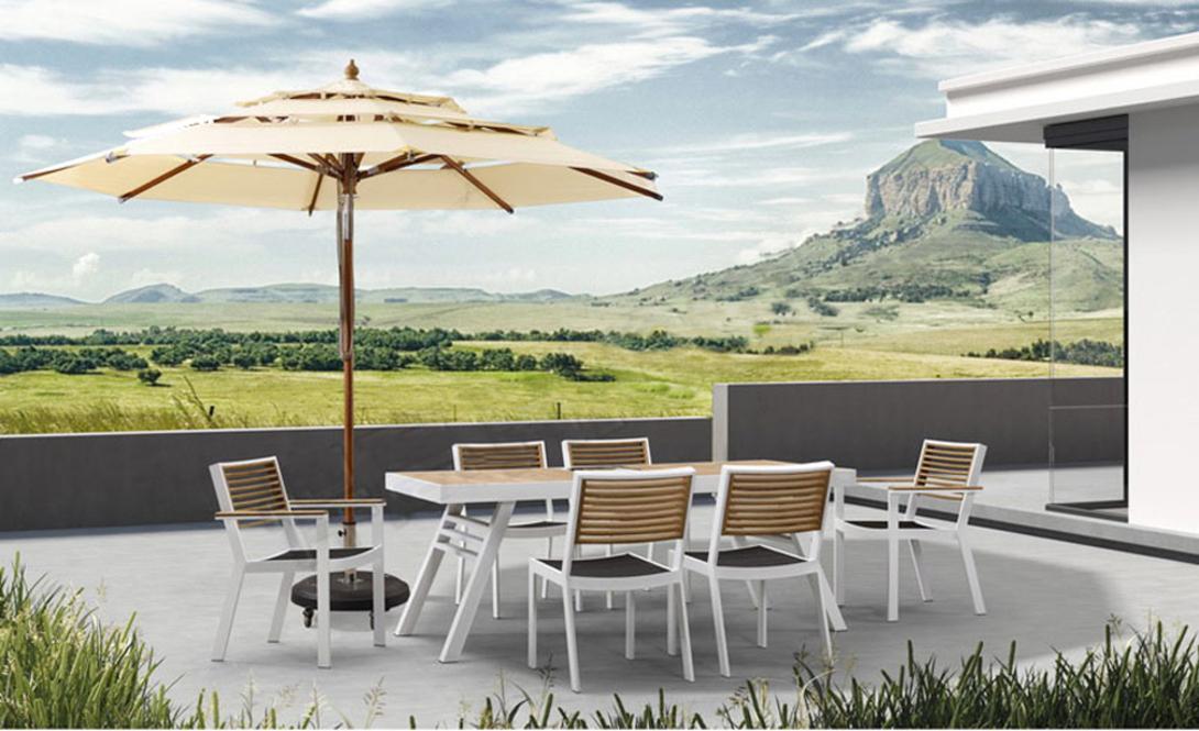 Обеденная группа YORKКомплекты уличной мебели<br>Каркас стола и стульев выполнен из легкого и прочного алюминия. Отделка спинок стульев и столешница -- натуральный тик. Сочетание холодного и теплого материалов придает этой мебели современный характер. Сиденья стульев сделаны из темного текстильного материала.<br><br>Material: Тик<br>Length см: 200<br>Width см: 90<br>Height см: 75