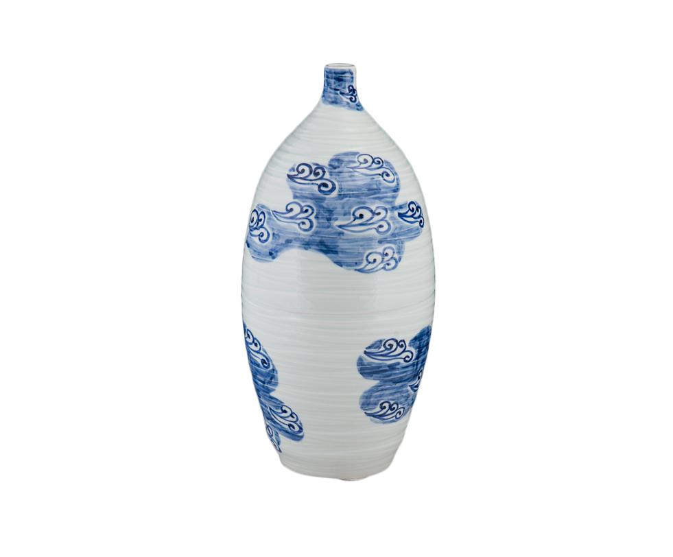 ВазаВазы<br>Вытянутая ваза с узким горлышком. По белой керамике летят синие облака. Изысканное сочетание, напоминающее китайские классические росписи на фарфоре.<br><br>Material: Керамика<br>Length см: 28.0<br>Width см: 28.0<br>Height см: 43.0
