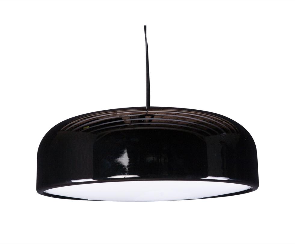 Подвесной светильникПодвесные светильники<br>Люстра из металла, окрашенного в контрастный монохромный цвет, подталкивает к мыслям о творческих мастерских и галереях современного искусства, но и в интерьере жилого помещения будет смотреться превосходно.<br><br>Material: Металл<br>Length см: 60.0<br>Width см: 60.0<br>Depth см: None<br>Height см: 20.0<br>Diameter см: None
