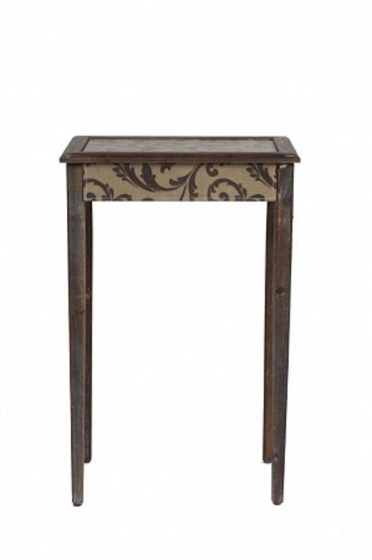 Кофейный столик Tentaci?n GrandeПриставные столики<br>Кофейный столик &amp;quot;Tentaci?n Grande&amp;quot; – изысканный и роскошный предмет мебели, который непременно подчеркнет красоту интерьера и ваш непревзойденный вкус. Такой столик станет удачным дополнением к общей картине комнаты в стиле Provence.<br><br>Material: Дерево<br>Length см: 48.5<br>Width см: 35<br>Height см: 74