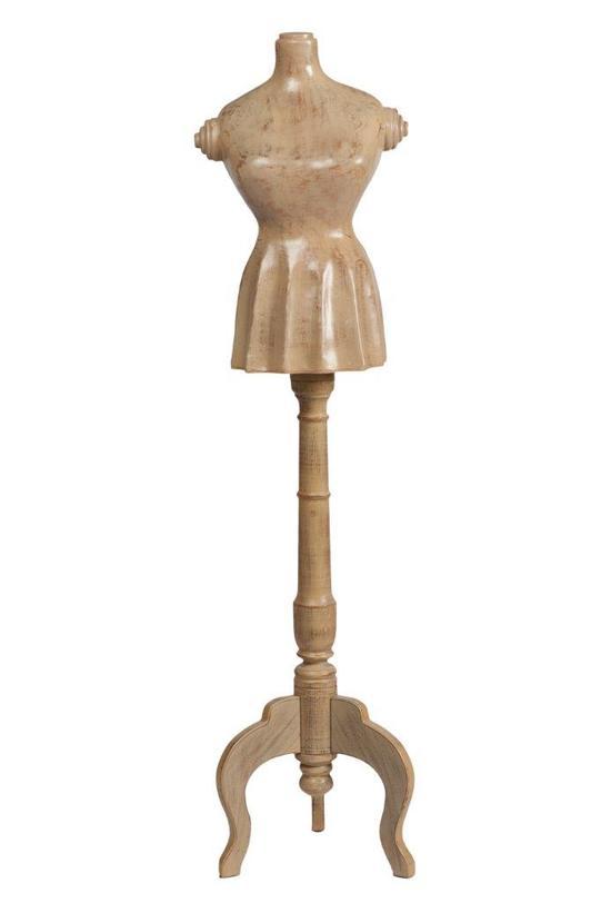 Манекен MadameВешалки<br>Репродукция манекена Madame – утонченный и изысканный предмет декора, который придется по вкусу каждой моднице или любительнице необычных вещей. Аксессуар в стиле «прованс» выглядит так, словно привезен прямиком из маленького магазинчика юга Франции прошлого столетия. Манекен может украсить любую комнату вашего дома, а также послужить для сохранения вечернего наряда в идеальном состоянии.<br>Материал: деревянная ножка (ель) и полирезина<br><br>Material: Пластик<br>Length см: 38.0<br>Width см: 36.0<br>Depth см: None<br>Height см: 147.0<br>Diameter см: None