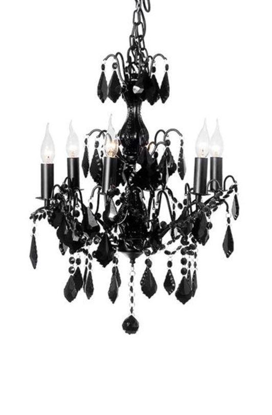 Подвесная люстра NocheЛюстры подвесные<br>Изысканная и элегантная подвесная люстра, станет украшением вашего интерьера, создавая нежное лирическое настроение. Особенный шарм люстре придают изящные хрустальные подвески черного цвета. Открытые плафоны с удлиненными лампочками имитируют свечи. Хрустальные подвески, расположенные в три яруса, создают уникальную игру света.<br><br>Цоколь: Е14<br>Ламп: 6<br><br>Material: Пластик<br>Length см: 54.0<br>Width см: 54.0<br>Depth см: None<br>Height см: 65.0<br>Diameter см: None