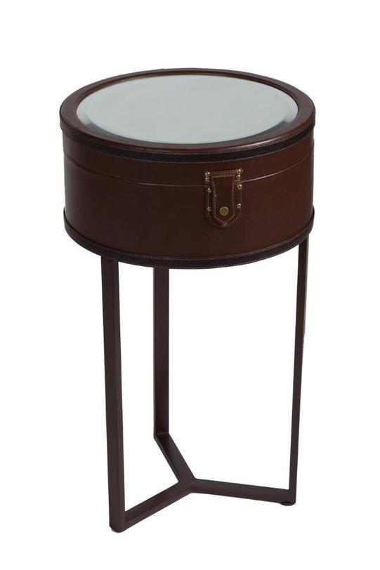 Столик Lucero GrandeПриставные столики<br>Круглый столик Lucero Grande – уникальный и оригинальный предмет мебели, способный привнести в ваш дом, оформленный в стиле «прованс», роскошь, шик и, конечно, уют. Благодаря зеркальной столешнице и ящичку под ней такой стол станет не только главной «изюминкой» интерьера, но и помощником в хранении мелких вещей. Аксессуар темно-коричневого цвета будет удачно сочетаться со стенами пастельных тонов и другой мебелью.<br>Материал: металлический каркас, МДФ, ПВХ и зеркало<br><br>Material: Металл<br>Height см: 77<br>Diameter см: 44.5