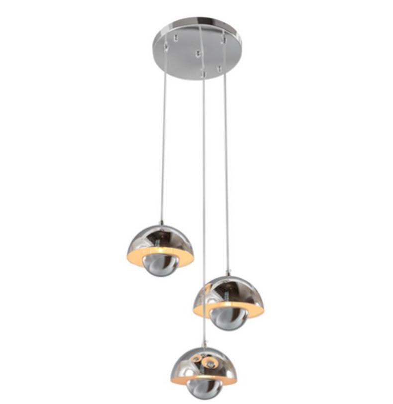 Подвесной светильник КосмосПодвесные светильники<br>Основание и плафоны из металла цвета хрома.<br>3*40W E14<br>Тип лампы: Накаливания<br>Регулируемая высота подвеса: 200 см<br>Рекомендуемая площадь освещения: 6 кв. м<br><br>Material: Металл<br>Height см: 220<br>Diameter см: 28