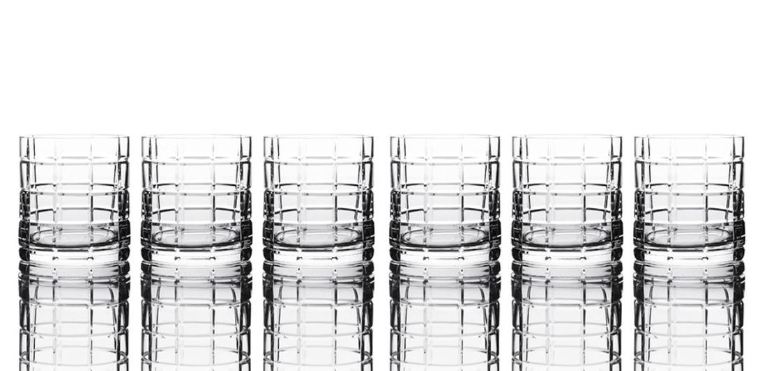 Набор стаканов для виски ScacchiСтаканы и кружки<br>Набор из 6 стаканов. Хрусталь, ручное литьё, ручная алмазная гравировка. Высота бокала 94мм, объём бокала 360мл<br><br>Material: Хрусталь<br>Height см: 9.4
