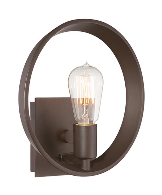 Бра Threater RowБра<br>Бронза обычно ассоциируется с вычурными барочными люстрами. Здесь эе из нее сделан стильный современный светильник. Лаконичная форма, оригинальная лампа. Бра рассчитано на лампочку с цоколем Е27 мощностью до 60 Вт.<br><br>Material: Бронза<br>Width см: 25.4<br>Depth см: 10.2<br>Diameter см: 25.4
