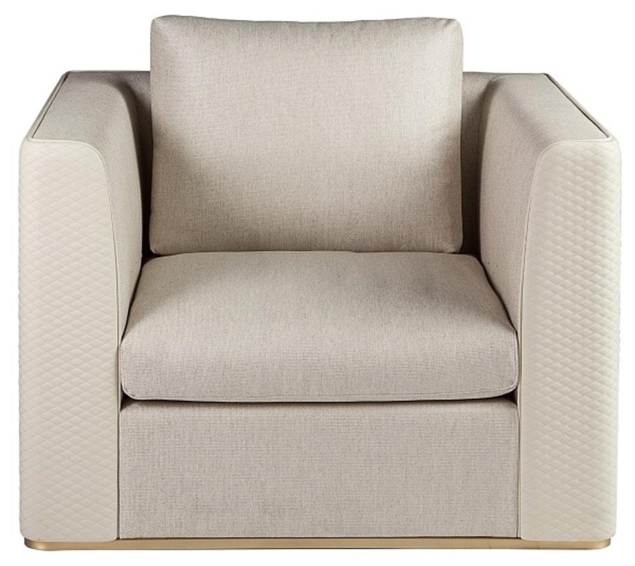 Кресло Viso sofasКожаные кресла<br>Кресло &amp;quot;Viso Sofas&amp;quot;, простое с первого взгляда, обладает особенной красотой, раскрывающейся лишь при близком &amp;quot;знакомстве&amp;quot;. Строгий силуэт отлично обыгрывается интересной обивкой из светлой кожи. Традиционный материал смотрится оригинально благодаря ромбовидной перфорации, являющейся сдержанным, но очень элегантным украшением. Настоящей изюминкой оформления выступает металлическое основание, которое делает кресло идеальным дополнением для гостиных и кабинетов в стиле лофт.<br><br>Material: Кожа<br>Length см: None<br>Width см: 111<br>Depth см: 98<br>Height см: 88