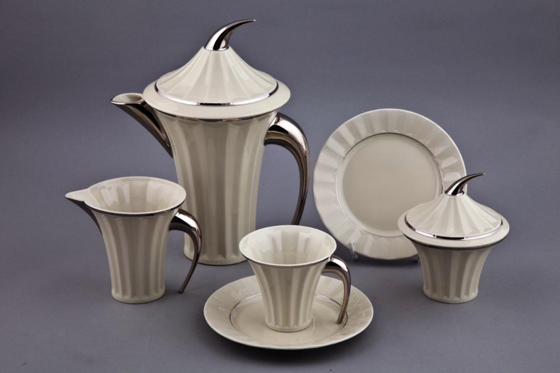 Чайный сервиз Египетская коллекцияЧайные сервизы<br>Набор из 15 предметов.<br>Упаковка: черная картонная коробка с логотипом.<br><br>Material: Фарфор<br>Высота см: 20
