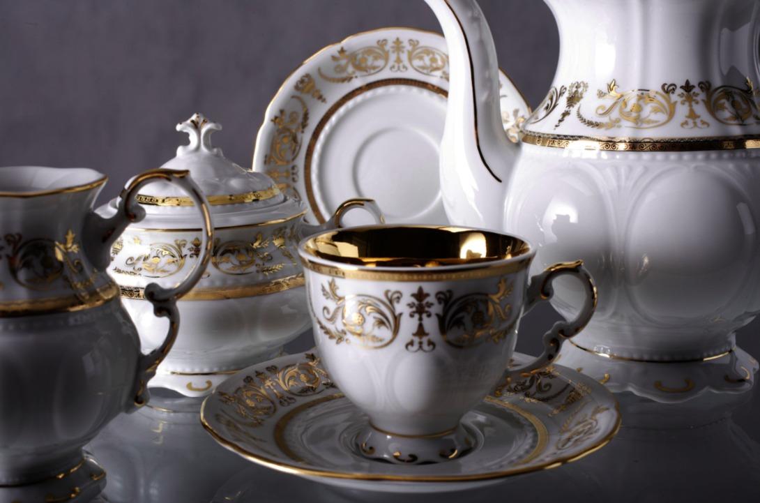 Кофейный сервиз Национальные традицииКофейные сервизы<br>В набор входят: кофеник, сахарница, шесть чашек, молочник<br><br>Material: Фарфор