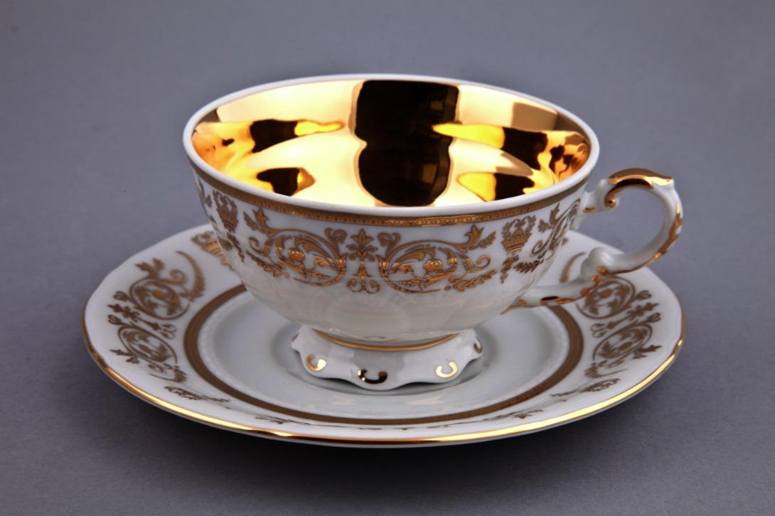 Чайная пара Национальные традицииЧайные пары, чашки и кружки<br>Чайная пара упакована в черную кожаную коробку с бархатом внутри.<br><br>Material: Фарфор<br>Height см: 8