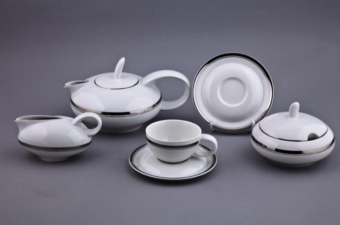 Чайный сервиз Мария ТерезаЧайные сервизы<br>15 предметов на 6 персон.<br>Упаковка: черная картонная коробка с логотипом.<br><br>Material: Фарфор